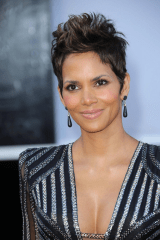 Halle Berry Short Hair Oscars 2013