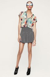 ace_delivery-Floral Print Collar Top