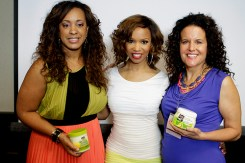 Charlene Bastien-Dance (Strength of Nature Global Marketing Director) Elise Neal (Scandal, CSI, The Hughleys) Michelle Breyer (Texture Media Founder) Strength of Nature Tress Talk Beauty Brunch(L to R