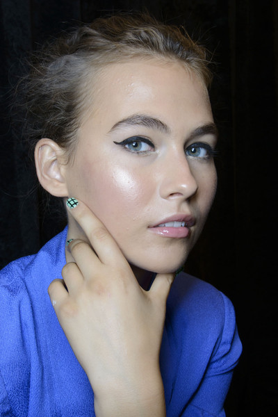 New York Fashion Week Spring 2014: Backstage Beauty Mally Roncal for Tracy Reese Spring Summer 2014 Runway Show