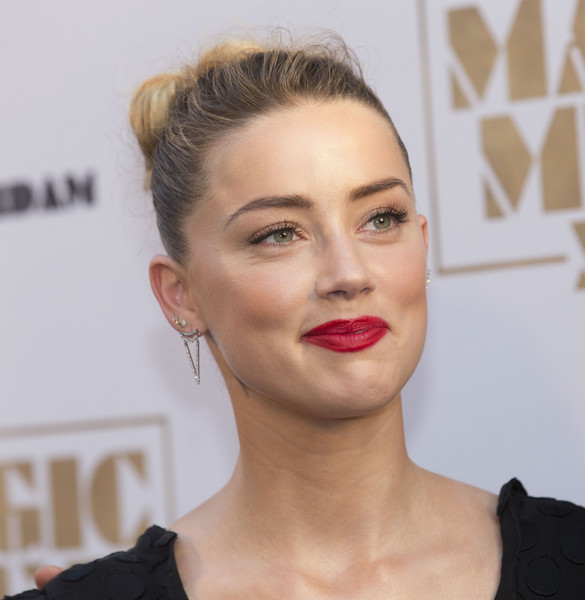 Amber+Heard+Celebrities+Attend+Magic+Mike+qM5fs4-o33kl