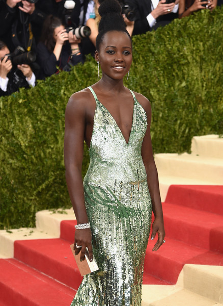 Lupita+Nyong+o+Manus+x+Machina+Fashion+Age+lq6Sq4CJMSvl