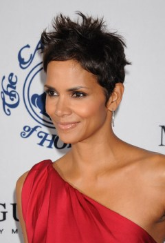 halle berry use