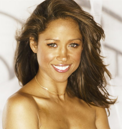 Bronzed Beauty Stacy Dash photo courtesy of Alphanista