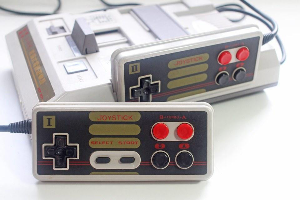 Grand Arrow Electronics Hot Boy GA-6000 Famiclone controller