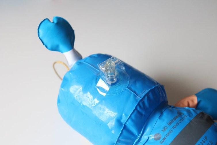 Bomberman B-Daman Bakugaide inflatable figure valve