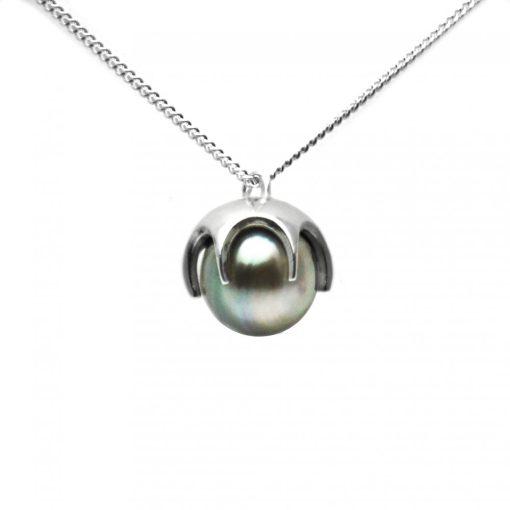 Grey Fiji pearl claw pendant in Sterling Silver