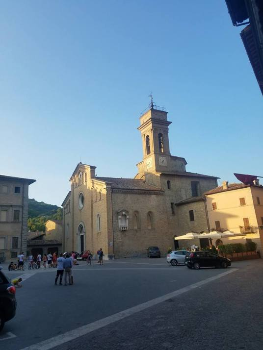 Piazza and Chiesa di Santa Veronica