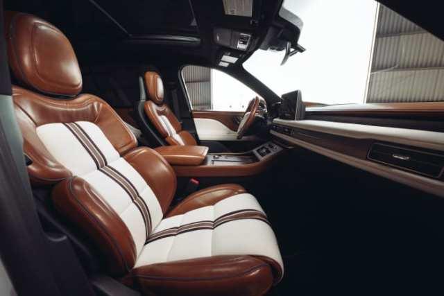 Lincoln x Shinola Aviator (5)