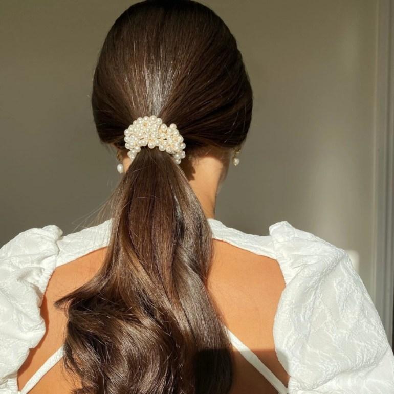 Anisa Sojka Pearl Hair Tie