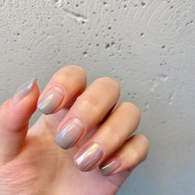 Spring Manicure: Pearlescent Nails   Pearl & Ombre Manicure by Nail A La Mode