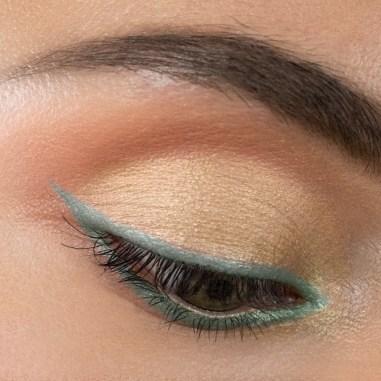 Top 10 Most Pigmented Eyeshadow Palettes 2021 - Viseart Soleil la Plage Étendu palette
