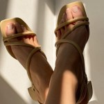 The Summer Sandals To Buy in 2021 – Stylish Slip-Ons, Mules & Strappy Sandals!