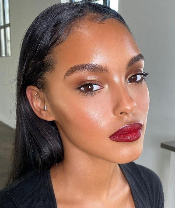 Dewy Highlighter - Makeup by Mali Magic