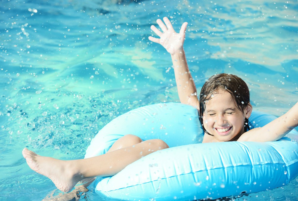 The Top 4 Benefits of Choosing Fiberglass for Your Inground Pool