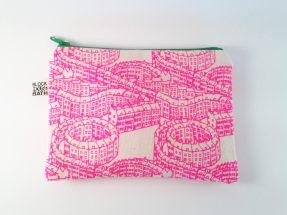 house-pattern-zip-pouch-1