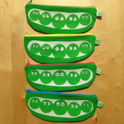 pea-pod-pencil-case-5