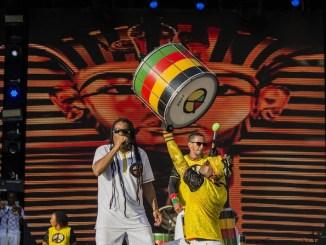Grupo celebra sucessos de carreira e retoma a essência da música afro-pop-brasileira
