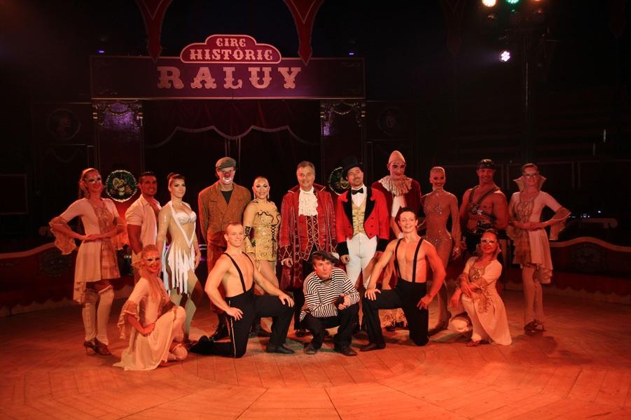 El Circ Històric Raluy prorroga la seva estada a Barcelona per l'èxit de públic de 'Fortius'