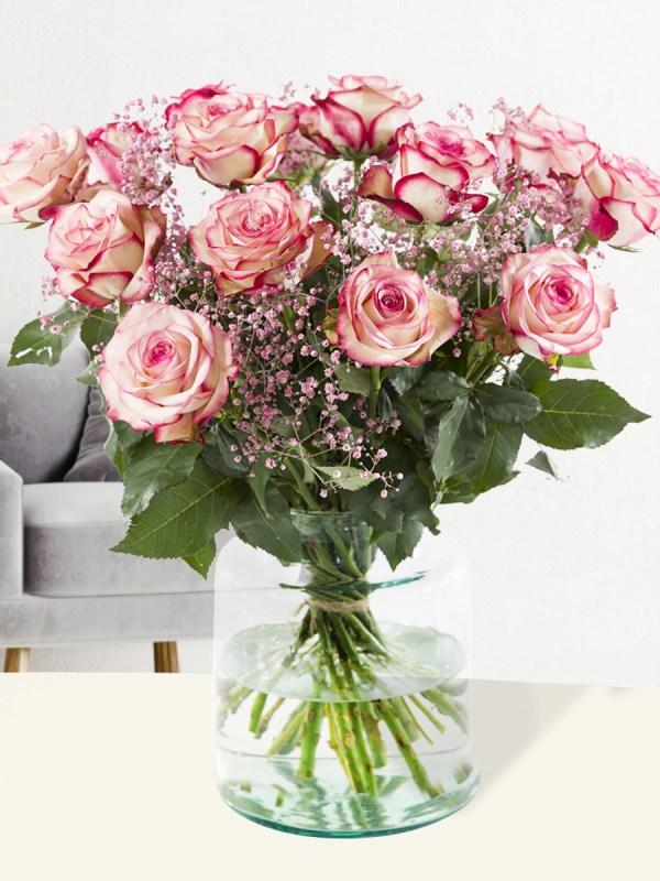 Rosenstrauß Paloma mit Rosa Schleierkraut   Rosenstrauß online bestellen   Rosenversand Surprose.de