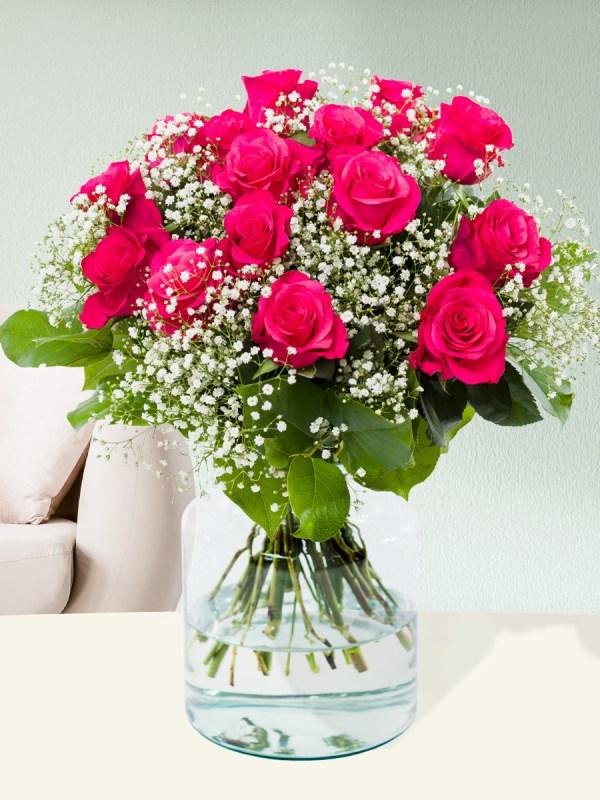 Roze Tacazzi rozen met gipskruid| Rozen online bestellen & versturen | Surprose.nl