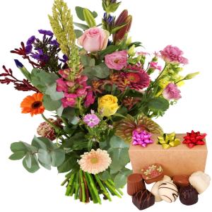 Bloemen tuinboeket met bonbons bestellen bestellen of bezorgen