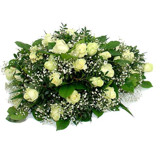 Ovaal rouwarrangement witte rozen bestellen of bezorgen online