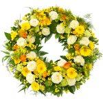 Rouwkrans Ajour geel - wit bestellen of bezorgen online