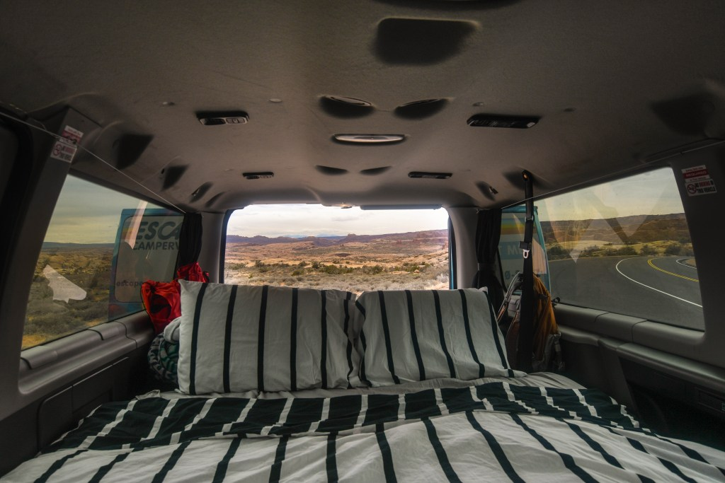 arches national park van camping