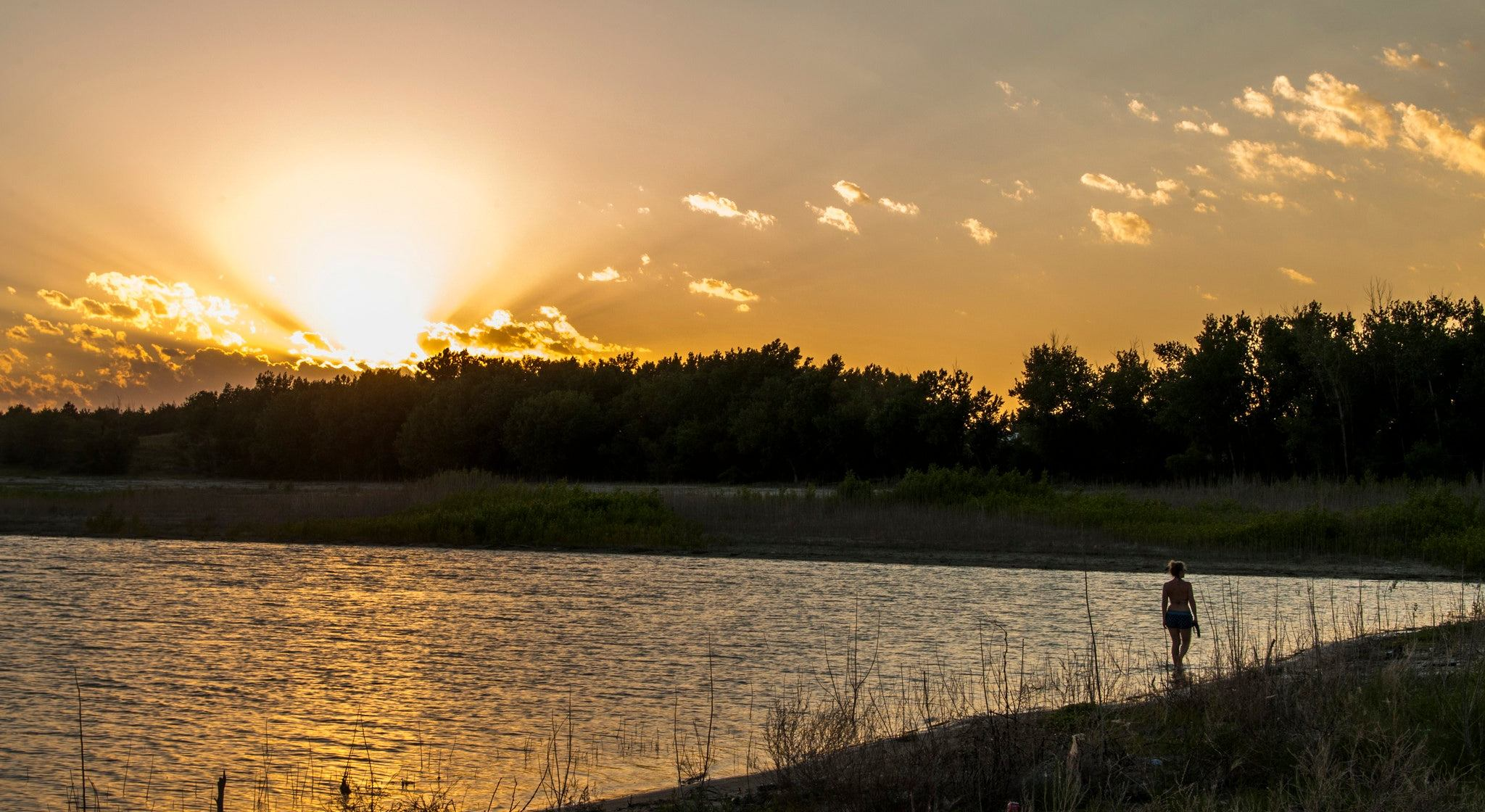 Lake McConaughy Camping is Your Ticket to Nebraska's Best Beach
