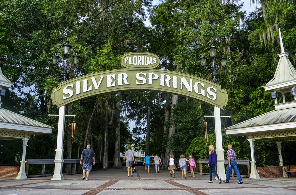 a gated entryway to silver springs state park in florida