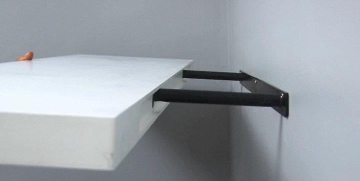 comment fixer un meuble au mur blog