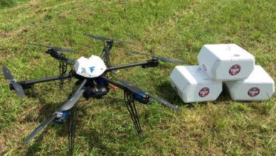 Flirtey, le premier drone à avoir effectué une livraison de médicaments.