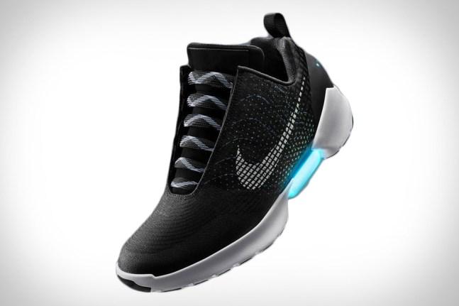 Nike HyperAdapt 1.0  la chaussure du futur bientôt disponible