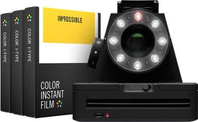 L'I-1, l'appareil photo connecté de The Impossible Project pour prendre des instantanés et diffuser vos photos sur les réseaux sociaux.