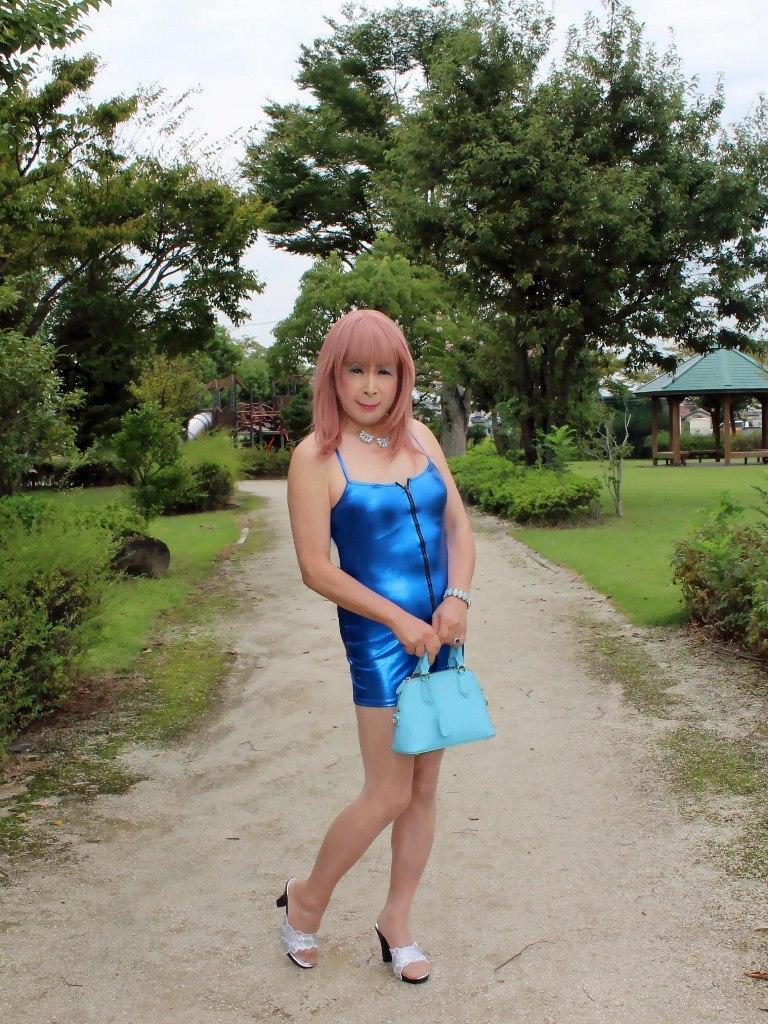 青色ボディコンミニワンピB(8)