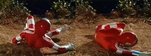 戦隊ヒーロー「バイオマン」のレッドワンが馬鹿力2人組にやられまくる