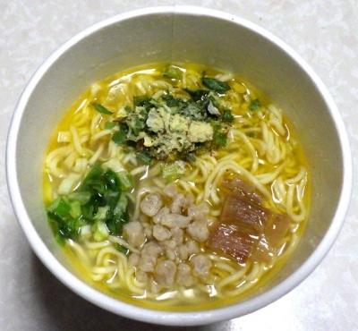 6/11発売 一度は食べたい名店の味 麺屋Hulu-lu監修の一杯 柚子塩SOBA(できあがり)