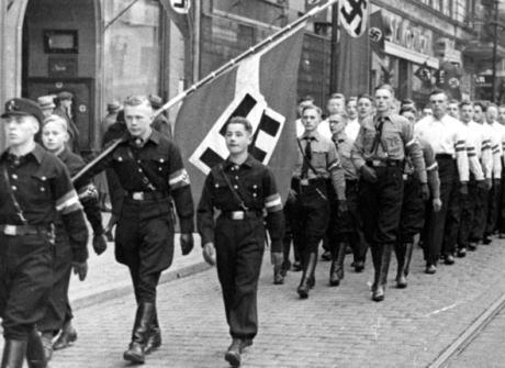 ポーランド議会「ナチス占領時代の損害額は540億ドル(約6兆円)以上」 … ポーランドがドイツに対し賠償請求に踏み切れば、両国の関係が悪化するおそれ