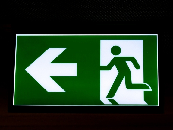 exit-618506_1280.jpg