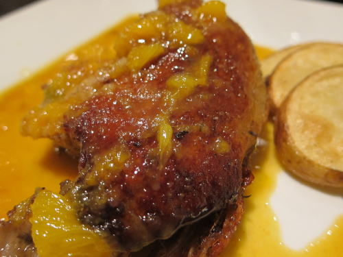 骨付き鴨モモ肉のオレンジ風味
