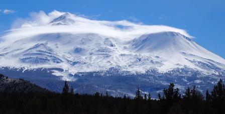 Mt.Shasta from 97 030711-084