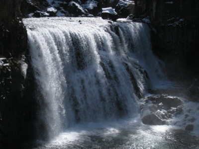 McCloud falls 20100313-4