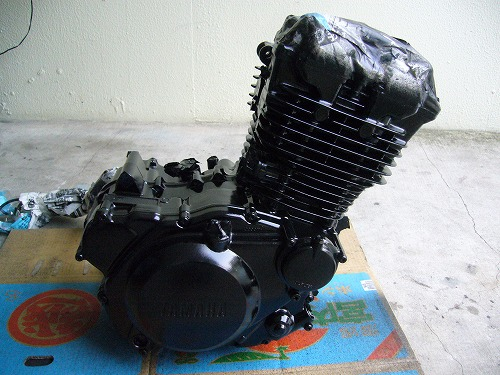 エンジン塗装 1