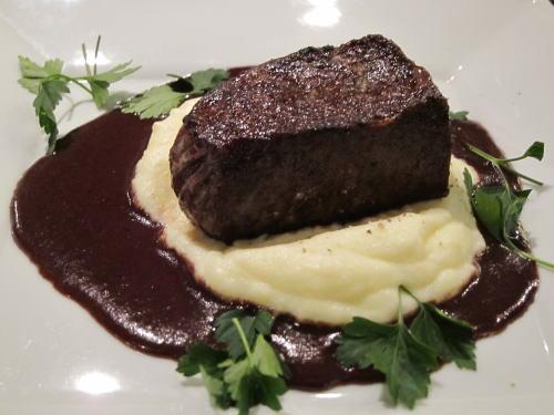 豊味和牛のステーキ