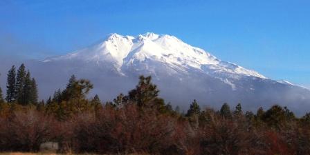 Mt Shasta P1313543