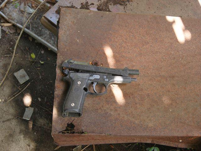 разобранный пистолет