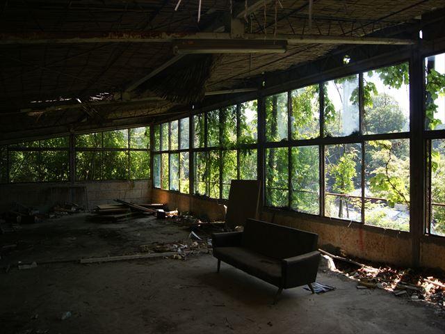 разрушенная терраса