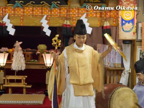 上ノ国町 石崎八幡神社 神楽舞 鈴上