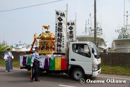 鹿部稲荷神社渡御祭 2012 御神輿